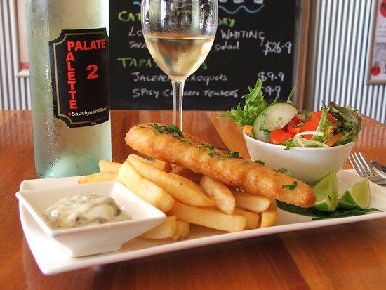 Port Broughton, Australia: Friday luncheon fish special dish