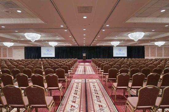Frontenac, MO: Ballroom