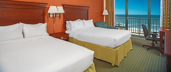 Holiday Inn Express Hotel & Suites Virginia Beach Oceanfront: Guest room