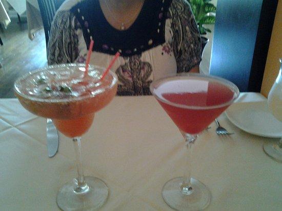 El Pulpo Restaurant and Tapas Bar: drinks