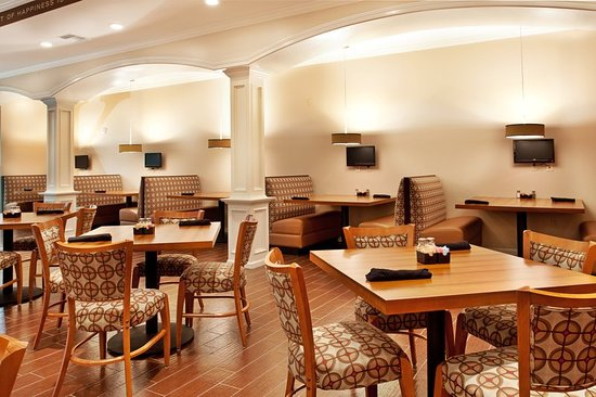 Holiday Inn Hotel & Suites Lake Charles South : Restaurant