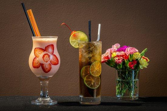 Everyday Restaurant - Bakery - Coffee: smoothies and Long island ice tea