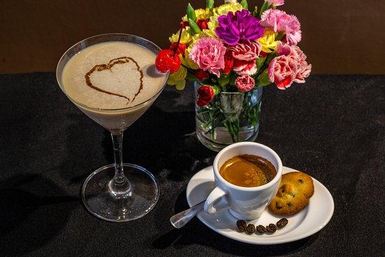 Everyday Restaurant - Bakery - Coffee: Coffee