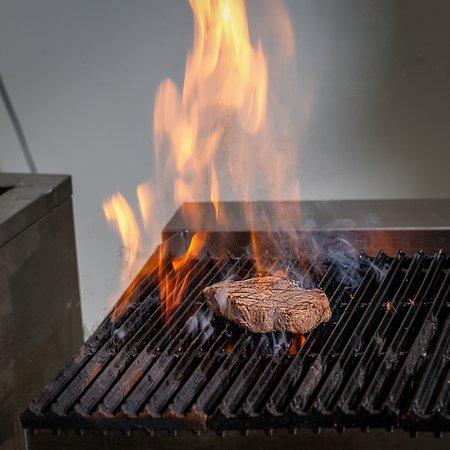 Everyday Restaurant - Bakery - Coffee: Beef steak