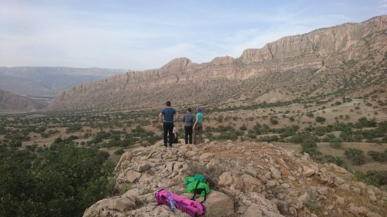 Zagros Nomads Trekking: After visiting Shapur cave we had a very nice moment with Qashqai nomads around Chogan valley!