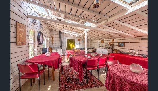 Bushy Park, Australien: Hop Pickers Tea Room one of several function areas
