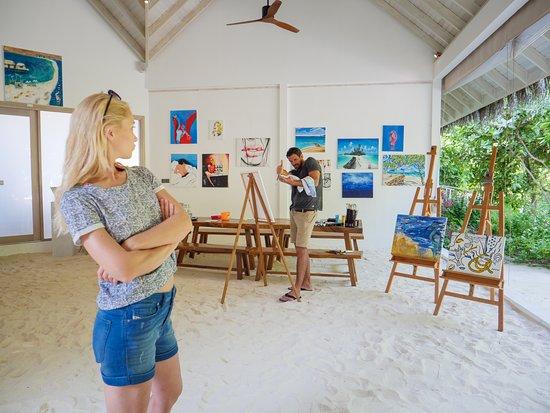 Seaside Finolhu: Art Studio