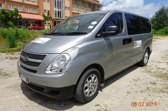 1 to 2 Passenger Standard Arrival Transfer to Any Mahe Island Hotel