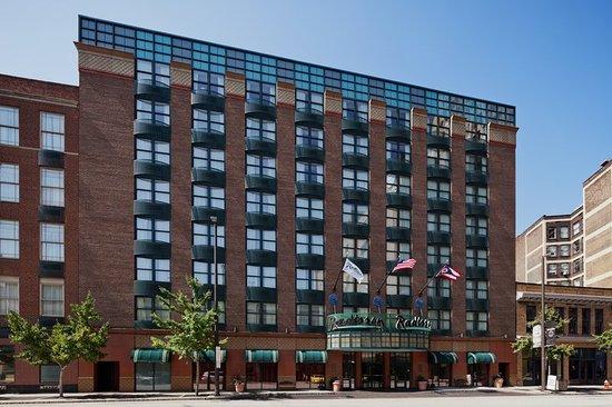 radisson hotel cleveland gateway 82 1 3 7. Black Bedroom Furniture Sets. Home Design Ideas