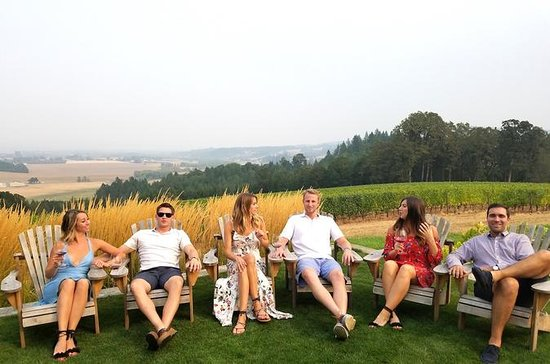 Oregon Wine Tour
