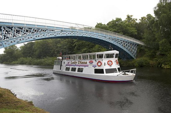 2-Hour Iron Bridge Cruise on River...