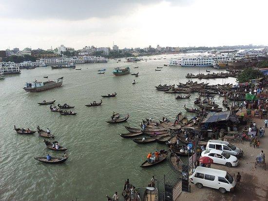 Division Dhaka, Bangladesch: What a scene of Sadarghat, Dhaka, Bangladesh.