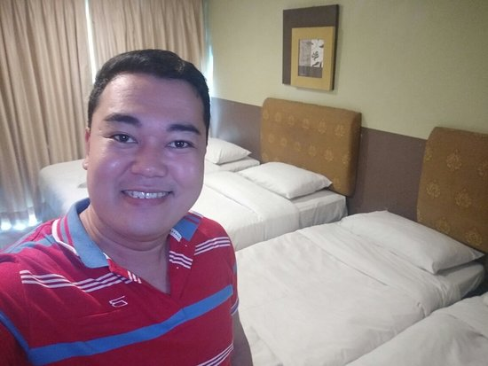 One Tagaytay Place Hotel Suites: IMG20180518143003_large.jpg