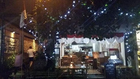 Brata Cafe: Celebrate Independence Day in 17th August