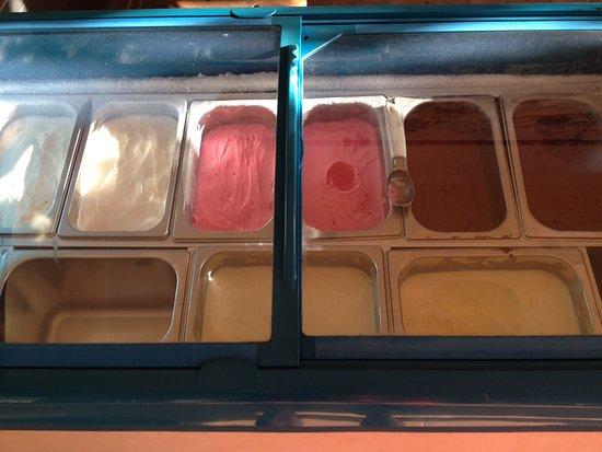 Brata Cafe: Summer means Ice Creams