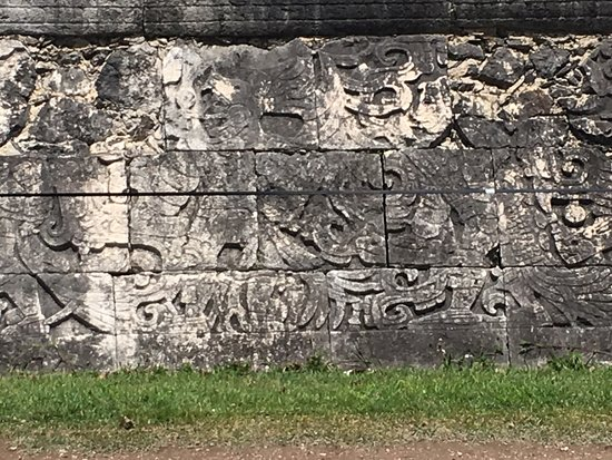 Chichén Itzá: The Ruined Area with Archeological importance-4:Writing on Stones of the wall