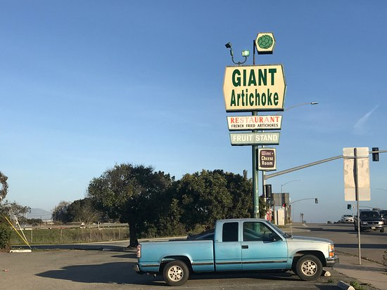 Castroville, CA: Sign