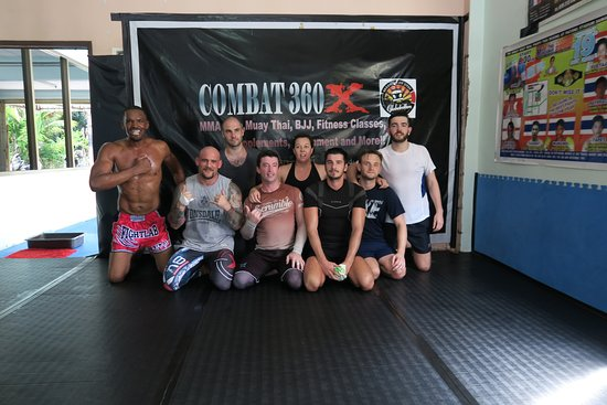 Combat 360X Muay Thai, MMA And Fitness: Group photo from the end of one of our grapping and MMA classes