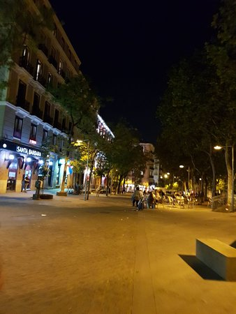 Plaza de Santa Barbara: Great plaza