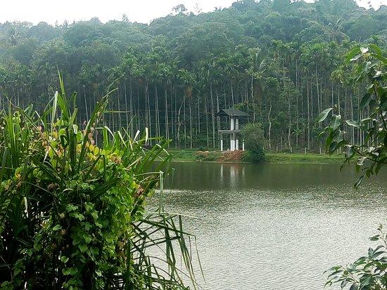 Karlad Lake