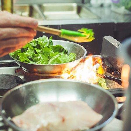 Chilliplum Bistro: Chef Robert creating another Fresh Fish Dish