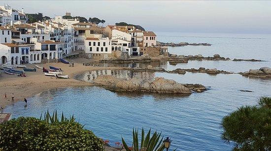 Casa Dos Torres: Calella beaches
