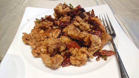 相當好吃精緻的川湘料理