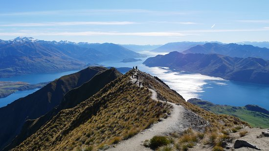 Roys Peak Track: Famous photo stop (not the summit)