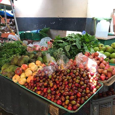 Castries Market: photo1.jpg