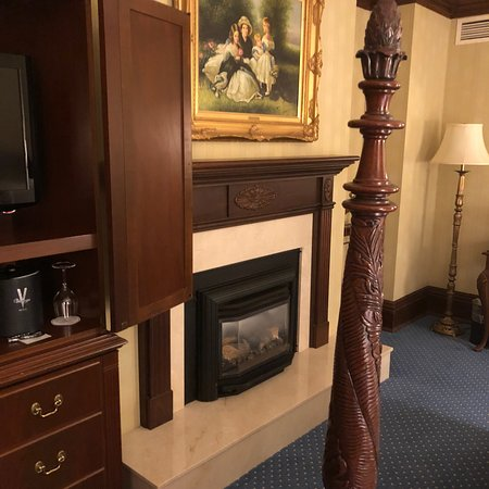 Prince of Wales: King Size Room