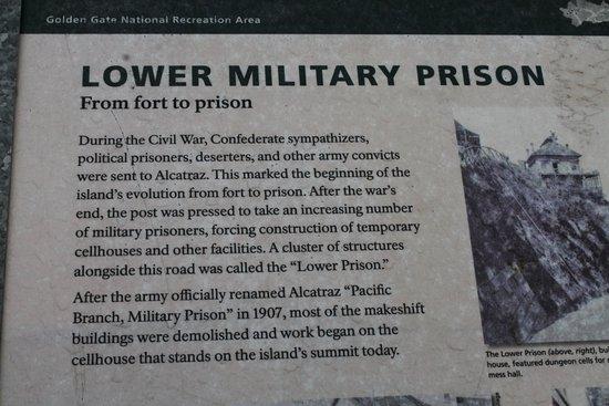 Αλκατράζ: Some explanations about military prison which preceded civil prison