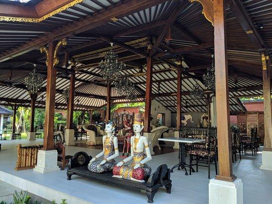 The Ballroom Restaurant: getlstd_property_photo