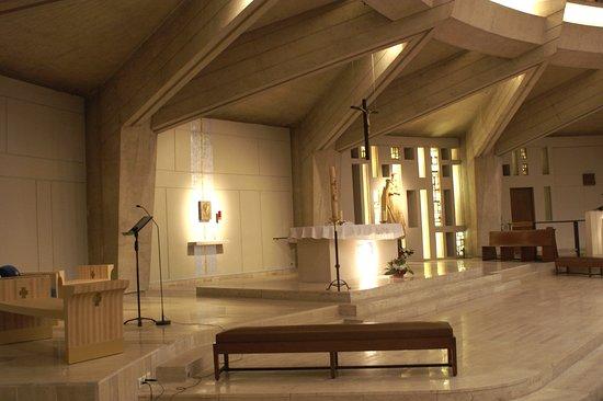 Eglise Notre Dame de la Salette