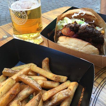 Barrels Burgers & Beer: Gustoso