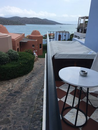 Domes of Elounda, Autograph Collection : Not great place for a relaxing dip in a jacuzzi when people are walking by constantly.