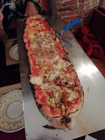 Le Scuderie: pizza al metro