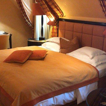 Bayerischer Hof Hotel Photo