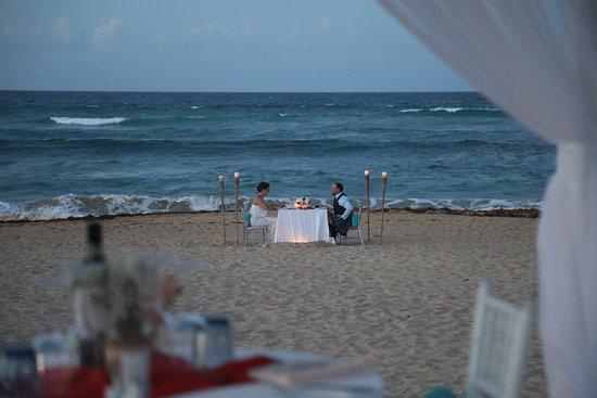 Sensatori Resort Punta Cana: Beach Meal