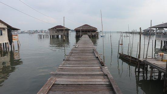 Bintan Island, Endonezya: Up the sea.