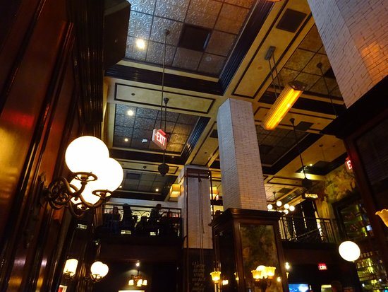 The Misfit Restaurant & Bar: The balcony overlooking the ground floor eating area