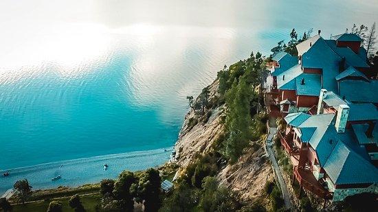 Charming Luxury Lodge & Private Spa: Vista del lago desde Charming