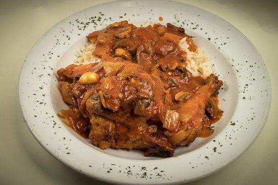 Mediterranean Restaurant: Chicken Cacciatore