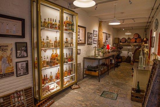 Braasch Rum Manufaktur Museum: Flensburger Rumgeschichte!