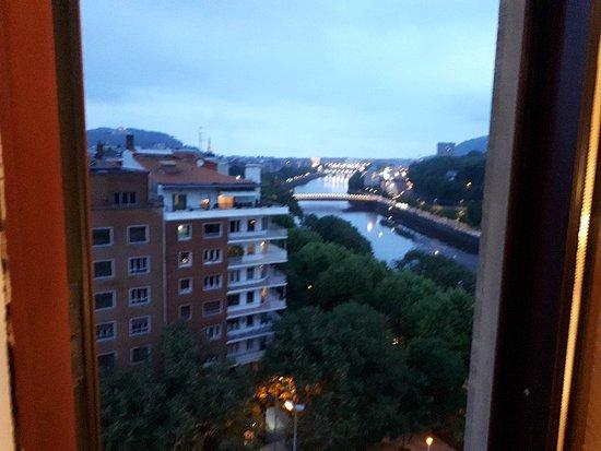 Silken Amara Plaza Hotel : 20180525_214453_large.jpg