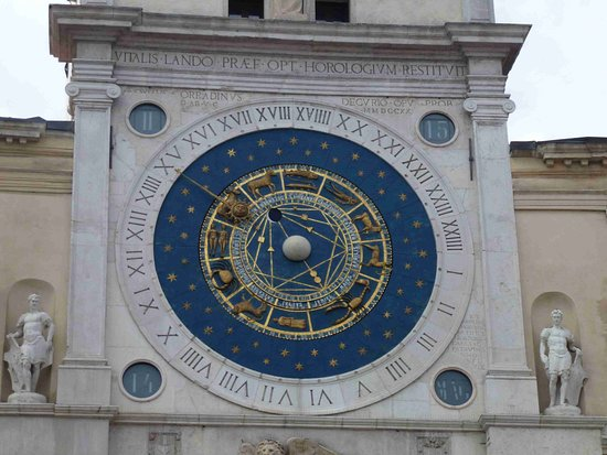 Torre dell'Orologio: The beautiful 24hr Venetian dial
