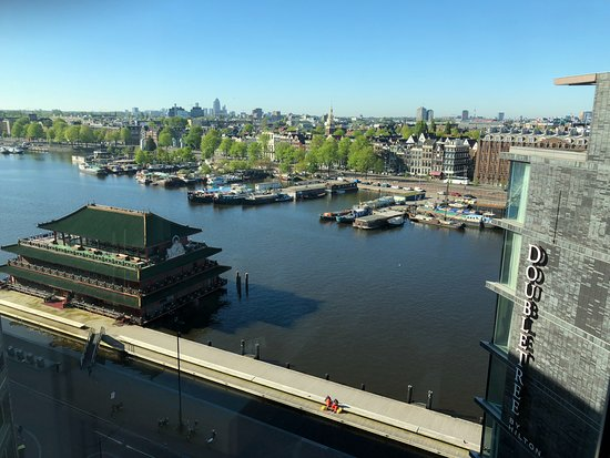 DoubleTree by Hilton Hotel Amsterdam Centraal Station: View from 10th floor