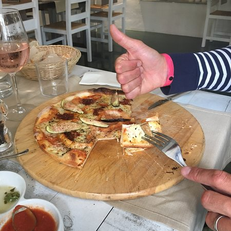Sa Cala Beach: Best fish and seafood restaurant on east cost mallorca in cala mendia. Really good pizza, nice f