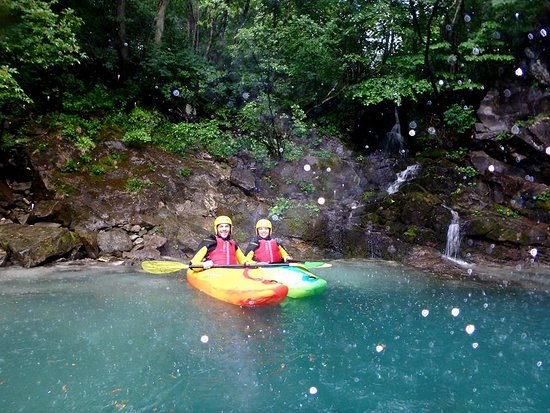 Guided Sit-on-top Kayak Trip on Soca River: Getting ready to head out