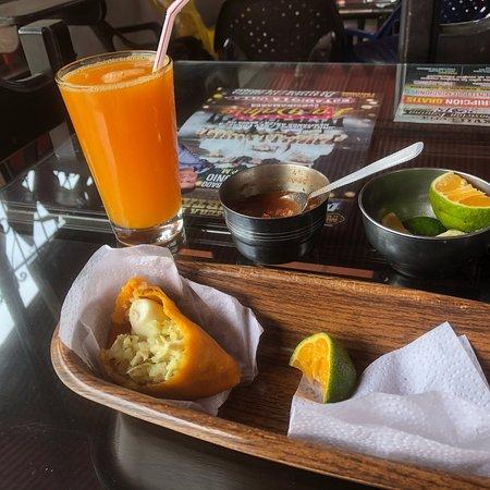 Pacho, Colombia: El Torito Empanadas