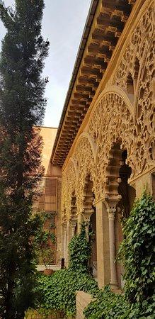 Palacio de la Aljaferia: L'art Mudejar